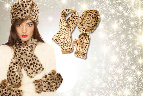 iKRUSH - Hollie faux fur scarf, hat and gloves set in a choice of designs - Save 60%