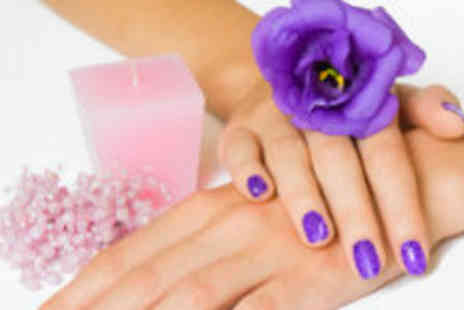 Opal Essence - Shellac Rockstar nails - Save 63%