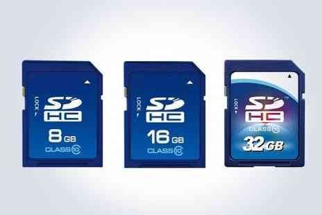 E ville - Store more of your party season memories with a 32GB Class 10 SD card  - Save 50%