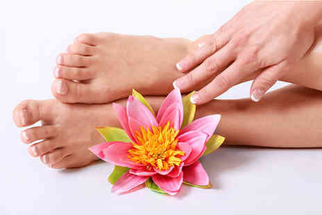 Sante Spa - Foot spa and reflexology treatment - Save 62%