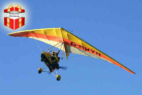 Microflights Flying School - 15 minute microlight flying experience - Save 38%