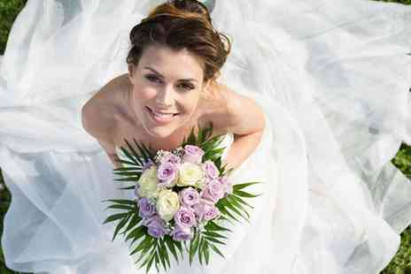 Fantasy Weddings - Beautiful wedding bouquet package - Save 51%