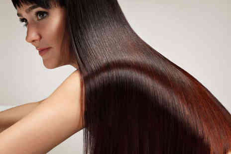 E.Scissorhands - Haircut and Blow Dry with Conditioning Treatment - Save 68%
