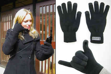 iGadgetry - Bluetooth Handset Gloves - Save 69%