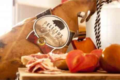 Delizius Deluxe - Get real Spanish Serrano ham or Ibirico ham incl. 2 knives, sharpening steel and wooden holder delivered directly to your door - Save 35%