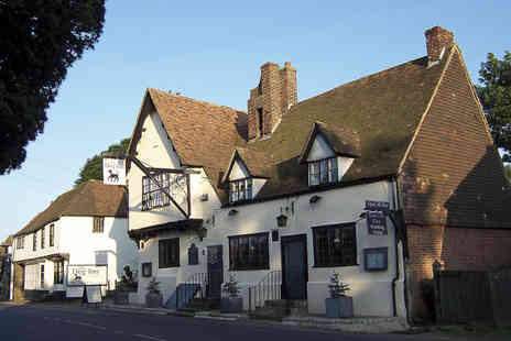 The Dog Inn - One night stay for 2 people including breakfast - Save 61%
