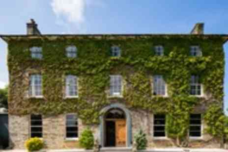 Hammet House - One night stay for two in Pembrokeshire with a glass of prosecco on arrival - Save 50%