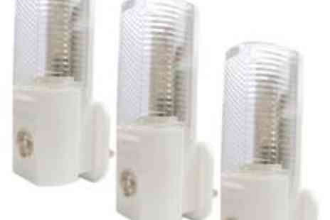 babz - 3 Pack Automatic Night Lights - Save 40%