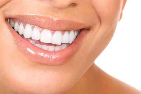 Simon Darfoor Dental - Harley Street Dental Implants with Ceramic Crowns - Save 59%