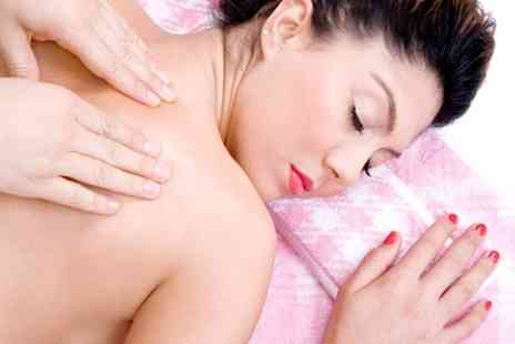 Eden Beauty - 30 minute hot stone Swedish or aromatic massage - Save 52%