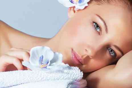 Skin & Tonic - Pamper Package for two - Save 57%