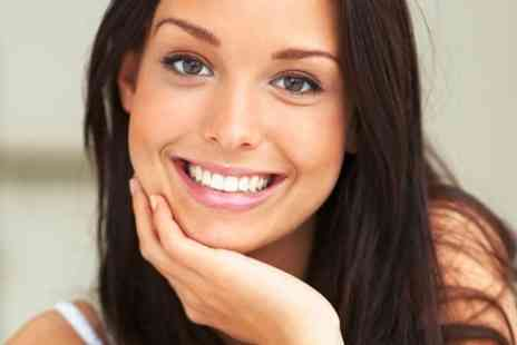 Smileright Dental Clinics - Laser Teeth Whitening - Save 68%