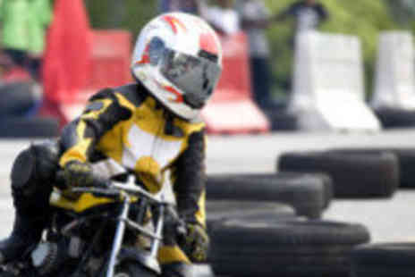 M4 Karting - 20 laps of mini moto racing - Save 60%