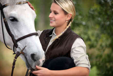 Manor Farm Riding Centre - Country hack experience - Save 51%