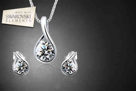 Getting Gbling - Swarovski Elements droplet earrings and necklace set - Save 78%