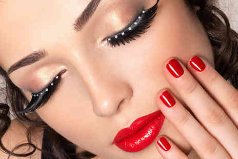 London Makeup Studio - Three hour makeup masterclass - Save 81%