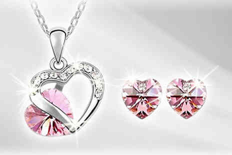 Flutterby Glam - Heart pendant and earring set - Save 87%