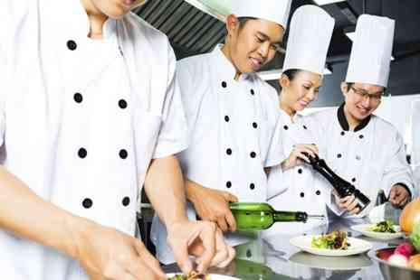 Yuuga Kemistri - Raw Cooking Masterclasses For One  - Save 67%