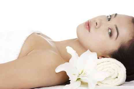 EJS Beauty - 60 Minute Pamper Package With Choice of Options - Save 67%