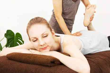 Docklands Osteopathy Clinic - Myovision Spinal Exam With Treatment - Save 83%