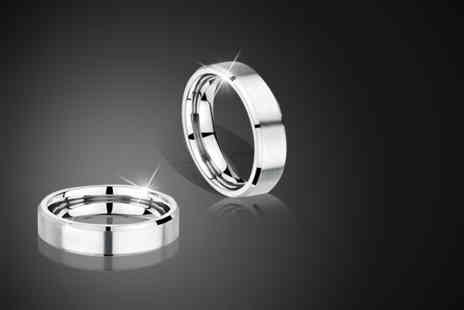 Aurus - Unisex titanium band ring in your choice of finger size - Save 75%