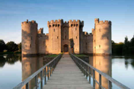 Luxury Travels and Tours - Day trip to Hastings Battle Abbey Bodiam Castle & Pevensey Castle - Save 50%