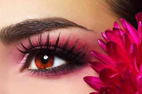 The Beauty Clinic - Semi permanent eyebrow makeup  - Save 60%
