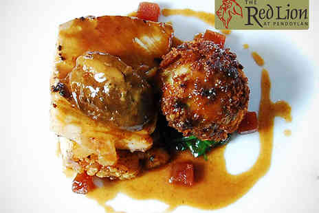 The Red Lion - Starter Main and Glass of Wine Each for Two  - Save 62%