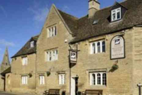 The White Swan - Two night Northamptonshire break for 2 with breakfast & dinner - Save 51%