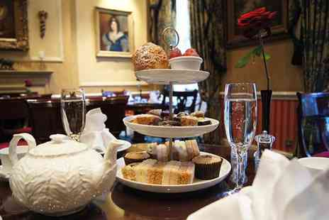 The Leonard Hotel - Royal afternoon tea for 2 including a glass of Champagne - Save 47%