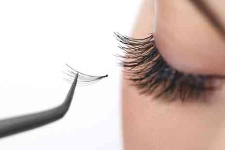 Fusion Hair and Beauty Training School - Eyelash Extensions Application Class with Certificate - Save 78%