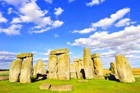 Anderson Tours - One Day Coach Tour With Guide and Attraction Entry - Save 50%