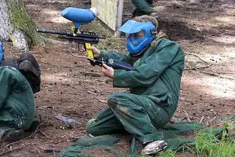 Universal Paintball -  Day Entry With 500 Balls  - Save 58%