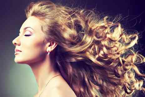 Fabulous Hair and Beauty - Half head of foil highlights deluxe conditioning treatment and blow dry - Save 45%