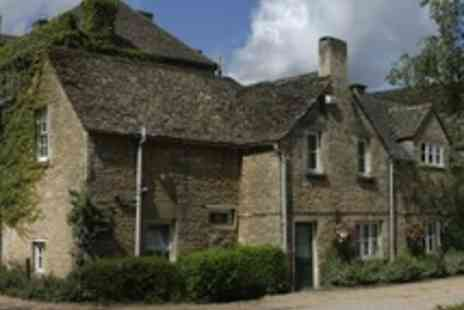Stratton House Hotel - One night stay in Cotswolds for 2 with breakfast - Save 51%
