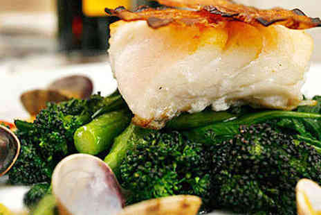 No.4 Clifton Village - Starter, Main and Glass of Prosecco Each for Two  - Save 52%