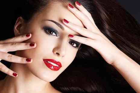 Gloss Nail Salon - Shellac Nails - Save 35%