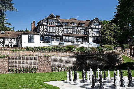 The Manor Hotel - One night stay B&B with dinner, Elstree - Save 32%
