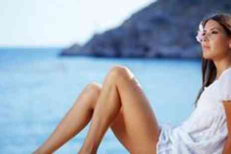 Colours Hairdressing - Pre tan dehydration treatment and a full body Sienna X spray tan - Save 72%