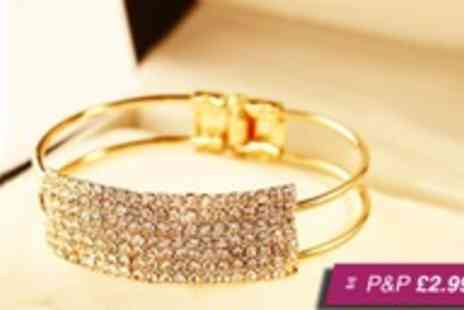 Crazee Trend - Seven bar crystal bracelet in silver or gold tone - Save 92%