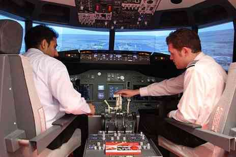 iPilot - 30 minute flight simulation experience with iPilot  - Save 50%