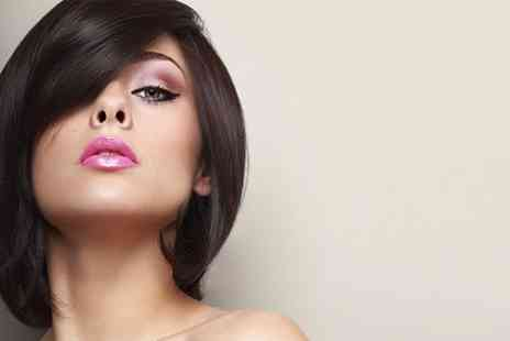 Paparazzi Salon 2 - Cut and Blow Dry With Conditioning - Save 50%