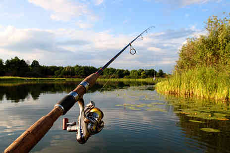Queens Head Hotel - Bed and Breakfast Fishing Break in Northamptonshire  - Save 27%