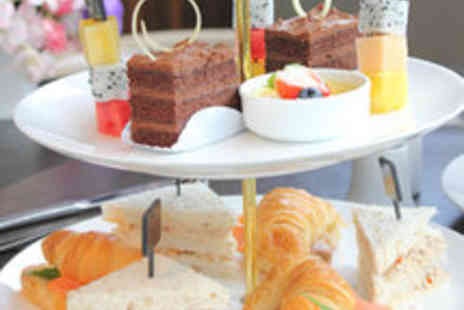 Hilton Swindon - Afternoon Tea with Sparkling Wine or Champagne - Save 52%