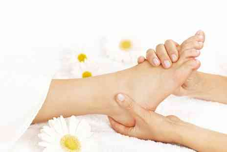 The Reflexology Space - Three reflexology sessions in Covent Garden - Save 51%
