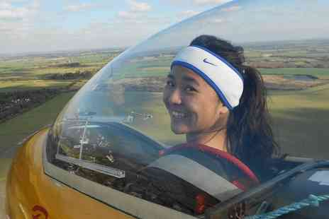 Gliding Oxfordshire - Go gliding at Bicester Airfield  - Save 38%