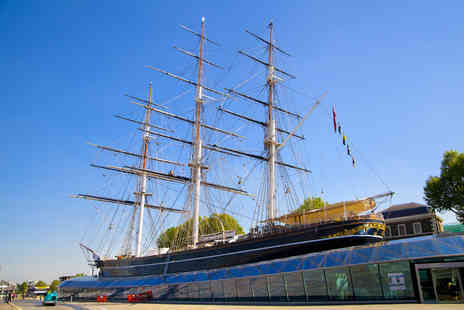 Talk Tourism - Tall ship sightseeing tour Thames boat cruise - Save 61%
