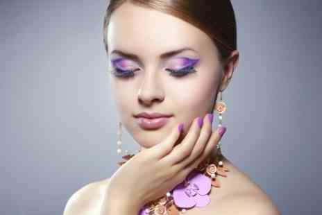 Heaven at Number 7 - Eyelash Extensions - Save 59%