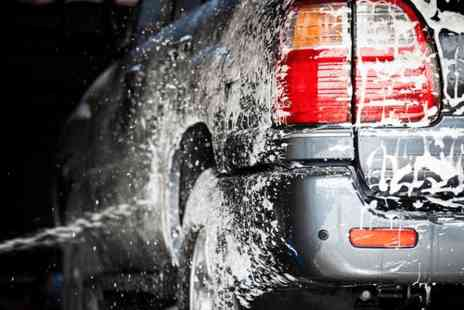 Fast Lane Cars - Car wash and mini valet in Ealing - Save 50%