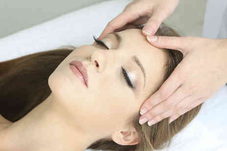 Bella Beauty - Bee sting facial package  - Save 50%